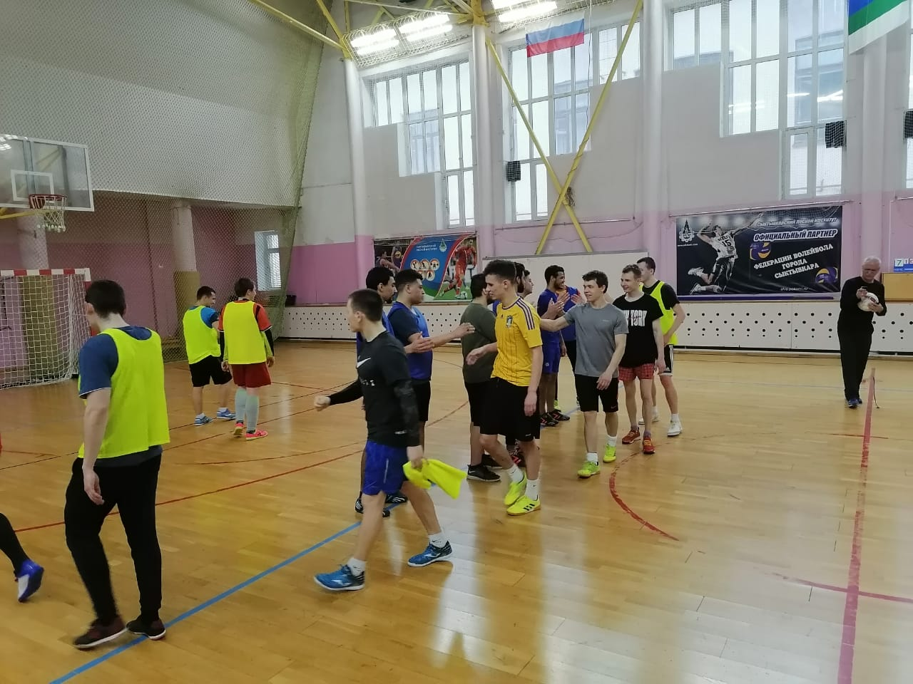 Pitirim Sorokin Syktyvkar State University foreign students played football with the team of Syktyvkar Forest Institute