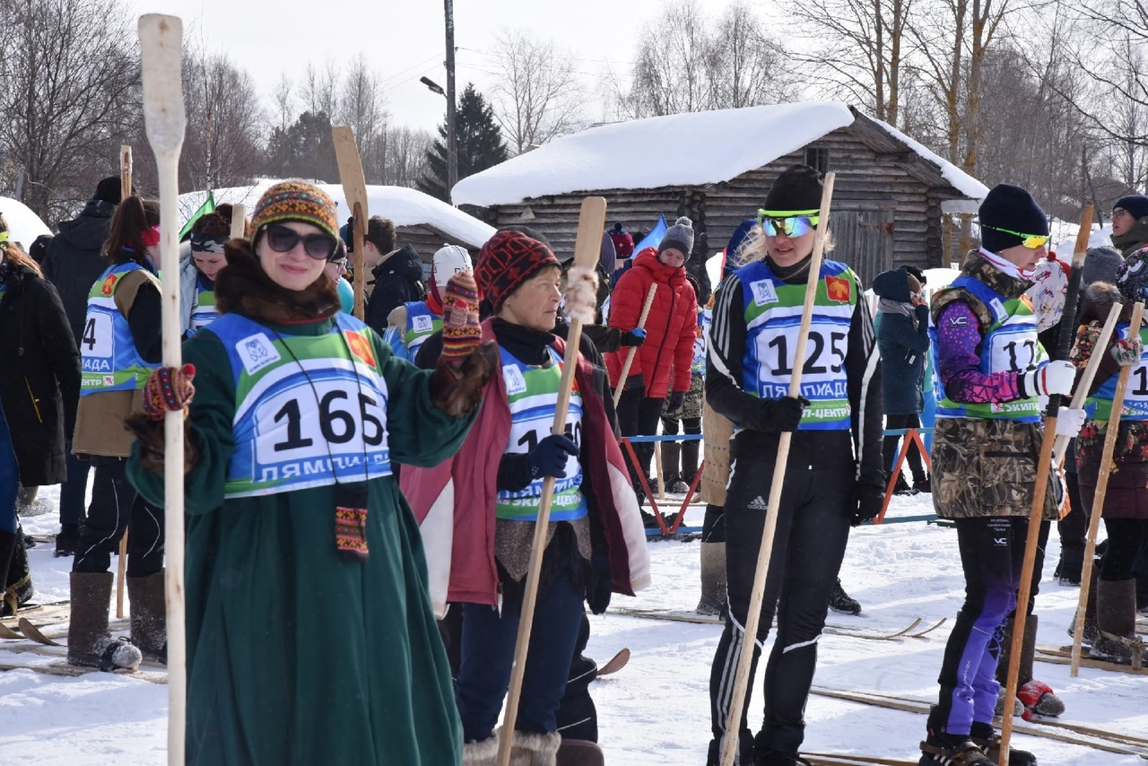 Foreign students of Pitirim Sorokin Syktyvkar State University had a chance to experience traditional sports of the Komi Republic.