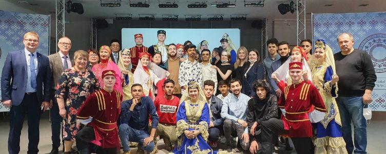 Students from India and Egypt became acquainted with the autonomy of the Tatars of the Republic of Komi.