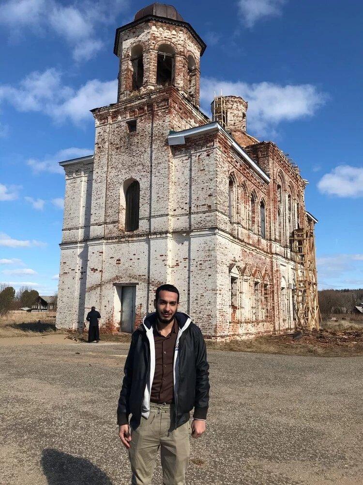 An Egyptian is restoring a Christian church in the Komi Republic.